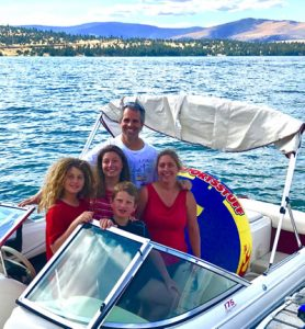 Family on boat with Big Arm Boat Rentals and Rides