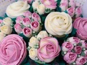custom pink flower cupcakes